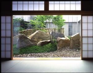 ル・ポール麹町(東京都千代田区)の庭園『青山緑水の庭』(撮影:田畑みなお)
