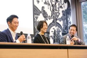 鈴木氏、井上氏にさらに良品計画のWEB事業部 部長 奥谷 孝司氏が加わり「いま、マーケターに求められること」をテーマにしたディスカッションも実施。マーケターが抱える悩みや課題がざっくばらんに話し合われたディスカッションは、会場からの共感の声も多かった。