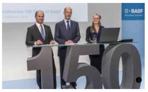 周年に先行して記者発表実施 2014年12月、ドイツでの記者会見の様子。周年記念プログラムの全容が対外的に発表された。