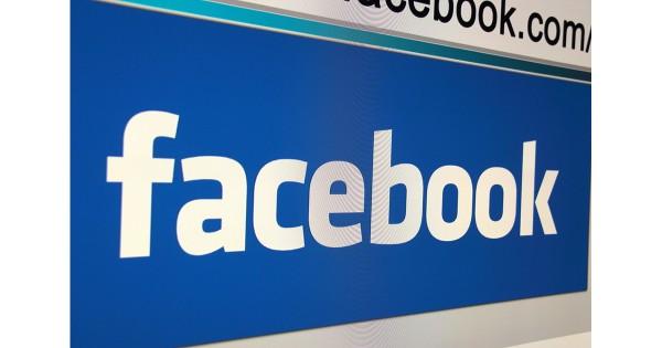 Facebookはメディアではない?テクノロジーとメディアは文化的に相容れぬのか