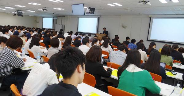 電通、博報堂、ADKがインターンシップの合同説明会を開催!約250名の学生が全国から参加