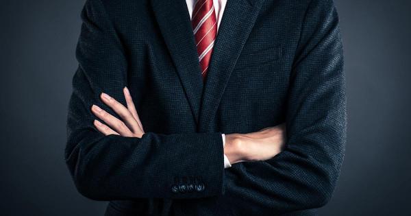 社長の腕組みは絶対NG! 企業ブランドにふさわしい経営者のポートレートとは