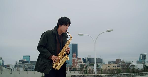 中川大志とトータス松本が共演 ヤマハ「おかえり、おんがく。」スペシャルムービー公開
