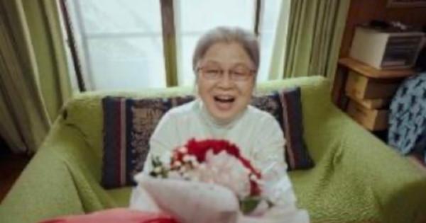 「楽天市場 母の日特集2021」新テレビCM 8人の写真家・映像監督が実家の母に贈り物