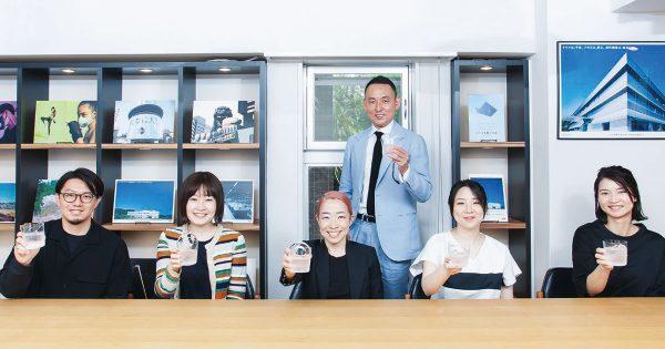 「クライアントの挑戦と共に加速する」10周年を迎えたトータルブランドデザインの会社-KOORI