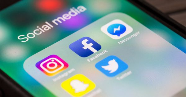 米ツイッター、第3四半期は37%増収 アップル広告規制の影響小