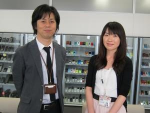 丸田功さん(左)と松澤絵美さん