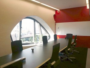 青山支社のオフィス